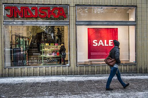 STOCKHOLM 2016-01-12 Butikskedjan Indiska har ansˆkt om rekonstruktion. Nu ska Indiska hÂrdspara, till en bˆrjan st‰nga Âtta butiker och 60-80 personer kommer att fl‰mna fˆretaget. Foto: Lars Pehrson / SvD / TT / Kod: 30152 ** OUT DN och Dagens Industri (‰ven arkiv) och Metro**