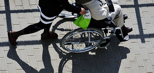 STOCKHOLM 2012-05-15 Skugga av en rullstol. Foto Hasse Holmberg / SCANPIX Kod 96