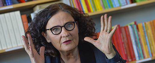 """STOCKHOLM 20160125 Litteraturprofessorn och fˆrfattaren Ebba Witt-Brattstrˆm ‰r aktuell med ess‰samlingen """"Kulturmannen och andra texter"""". Foto Jonas Ekstrˆmer / TT / kod 10030"""