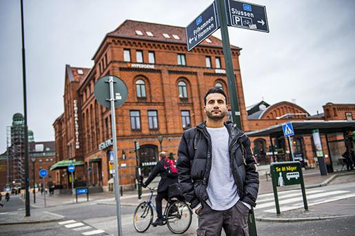 Tillbaka i Malmö minns Najib Hamid de intensiva veckorna i höstas som en period då han gjorde något viktigt. Foto: Emil Langvad