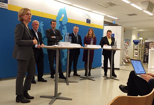 Katarina Areskoug Mascarenhas (chef för svenska EU-kommissionen), Alla Larsson (EU-Kommissionen), Mika Domisch (TCO), Göran Arrius (Saco), Ellen Nygren (LO), Sverker Rudeberg (Svenskt Näringsliv).