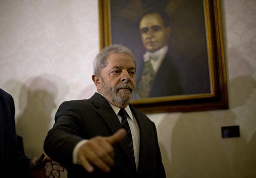 Brasilien tidigare president Lula da Silva efter en presskonferens i december förra året. Foto: AP Photo/Silvia Izquierdo