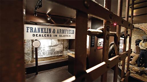 Människor med funktionsnedsättning är vår tids slavar, skriver debattören. Bild från Freedom House Museum i Alexandria, Virginia, USA, i ett hus där det en gång i tiden bedrevs omfattande slavhandel. Foto: Alex Brandon/AP