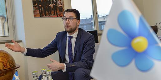 STOCKHOLM 20160209 Sverigedemokraternas partiledare Jimmie ≈kesson psitt kontor i Ledamotshuset priksdagen. Foto Jonas Ekstrˆmer / TT / kod 10030