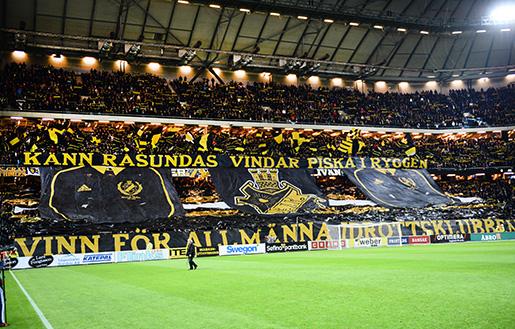 STOCKHOLM 20151026 AIK-klacken infˆr mÂndagens allsvenska match mellan AIK och IFK Gˆteborg pFriends Arena. Foto: Maja Suslin / TT / Kod 10300