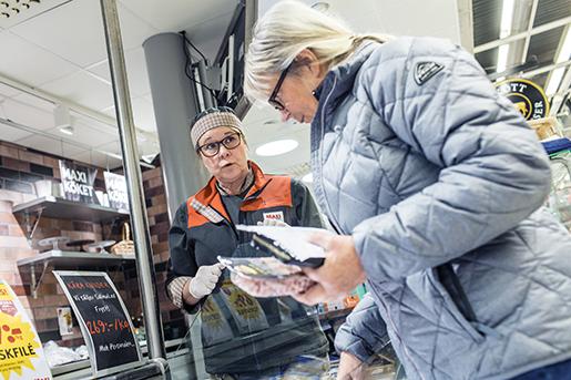– Jobbet är jätteroligt, säger Veronica Klasson, vice ordförande i fackklubben. Men hennes arbetstid är bara 27 timmar i veckan. Foto: Karl Melander