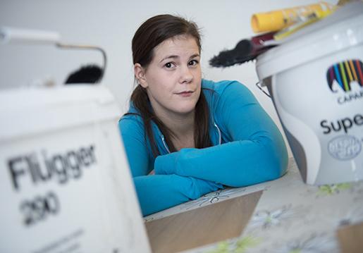 En stor sorg. Bara två år efter avklarat gesällprov fick Alexandra Dahlberg, 26, läkarbesked om sin livslånga allergi. Foto: Fredrik Sandberg