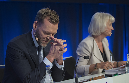 Telias koncernchef och vd Johan Dennelind på stämman i tisdags. Foto: Maja Suslin/TT
