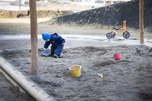 Oslo, Norway 20150309. Illustrasjon: Unge i sandkasse i barnehage. Foto: Gorm Kallestad / NTB scanpix / TT / kod 20520