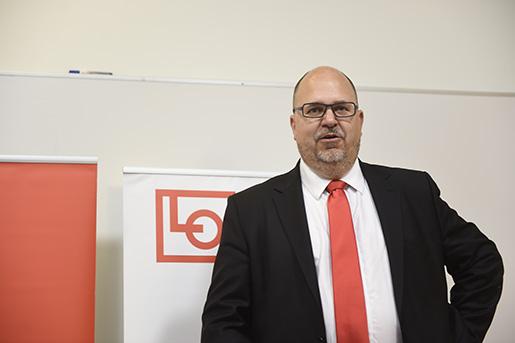LANDSKRONA 2016-05-01 LO:s ordfˆrande Karl-Petter Thorwaldsson hÂller presstr‰ff i Landskrona pfˆrsta maj Foto Bjˆrn Lindgren / TT / Kod 9204