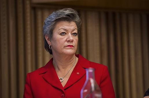 STOCKHOLM 20151215 Paneldiskussion med arbetsmarknadsminister Ylva Johansson (S) under ett seminarium i N‰ringslivet Hus Foto: Marcus Ericsson / TT / Kod 11470