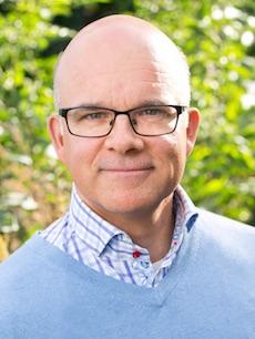 Aleksander Gabelic, ordförande för Svenska FN-förbundet.