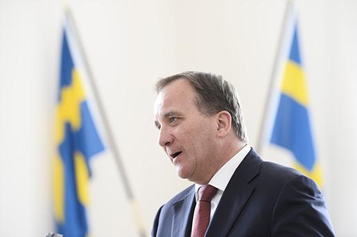 STOCKHOLM 20160610 Statsminister Stefan Lˆfven (S) kommenterar uppgˆrelsen pfredagen. Energisamtalen mellan regeringen och oppositionen om en energiuppgˆrelse ‰r klar. Foto: Henrik Montgomery / TT kod 10060
