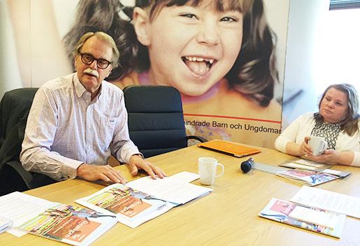 Jan-Erik Nyberg och vår ordförande Maria Johansson. Pressfoto