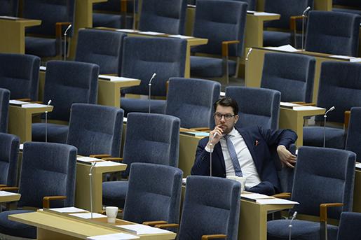 STOCKHOLM 20160113 Sverigedemokraternas partiledare Jimmie ≈kesson (SD) i b‰nken under partiledardebatten i riksdagen. Foto: Jessica Gow/TT kod 10070