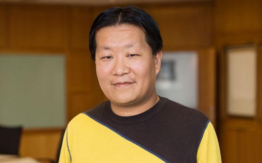 Det handlar om att kunna vara sig själv fullt ut på jobbet, säger Peter Tai Christensen, Unionen.