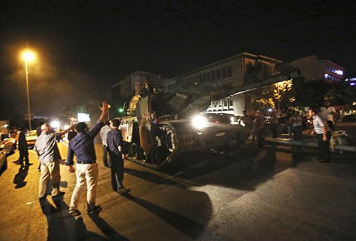 Den militära kupp mot Turkiets regering i juli har fått konsekvenser för turkiska fack. Foto: AP