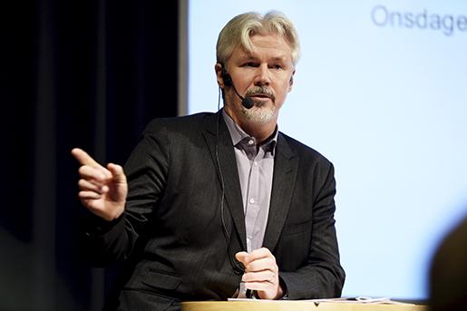STOCKHOLM 20151021 LO:s avtalssekreterare Torbjˆrn Johansson talar pfˆrbundets representantskap. Foto: Pontus Lundahl / TT / kod 10050