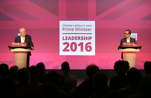 Labour röstar nu om Jeremy Corbyn ska fortsätta eller om utmanaren Owen Smith ska ta över. Mycket står på spel.Foto: Jane Barlow/TT
