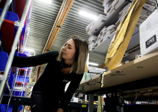 Malin Wetterberg pendlar till jobbet men trivs och kan tänka sig att flytta till Vansbro. Foto: Linda Axelsson