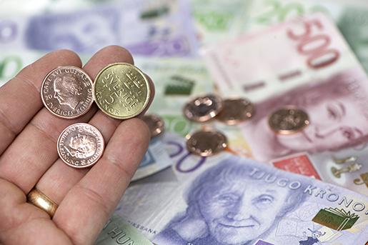 STOCKHOLM 20161025 Sveriges nya sedlar och mynt. En-, tvÂ- och femkronor samt sedlar. Foto: Fredrik Sandberg / TT / Kod 10080
