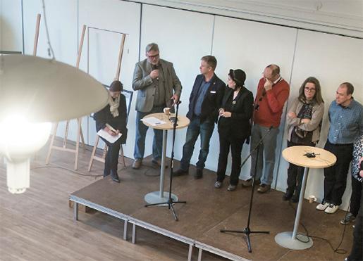 Olof Norberg deltar i paneldiskussion om framtiden efter nedläggningen av diamantfabriken.Foto: Johan Gunséus