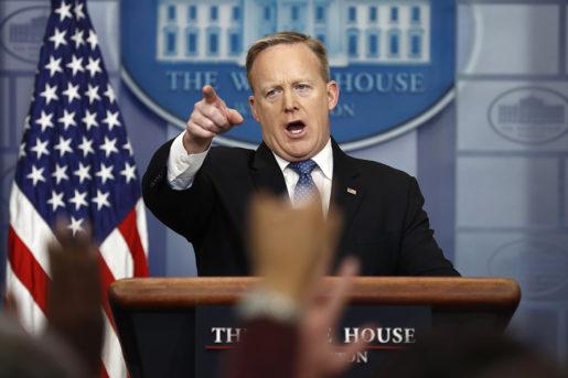 """Vita Husets pressekreterare Sean Spicer har att hantera allt mer självständiga medier – de går inte på """"alternativa fakta"""".Foto: Carolyn Kaster"""
