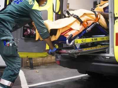 Sjuksköterska under olycka i ambulans